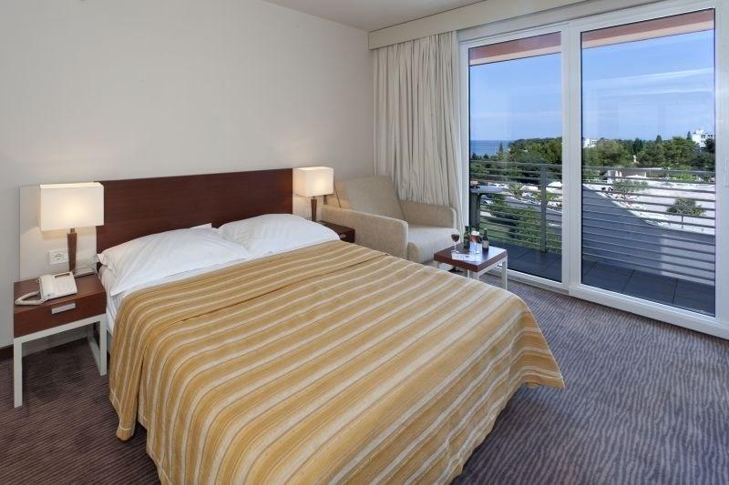 Zelena Resort - Hotel Albatros Plava Laguna - 7 Popup navigation