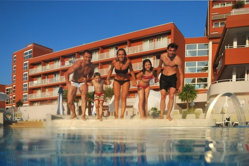 Zelena Resort - Hotel Albatros Plava Laguna - 12 Popup navigation