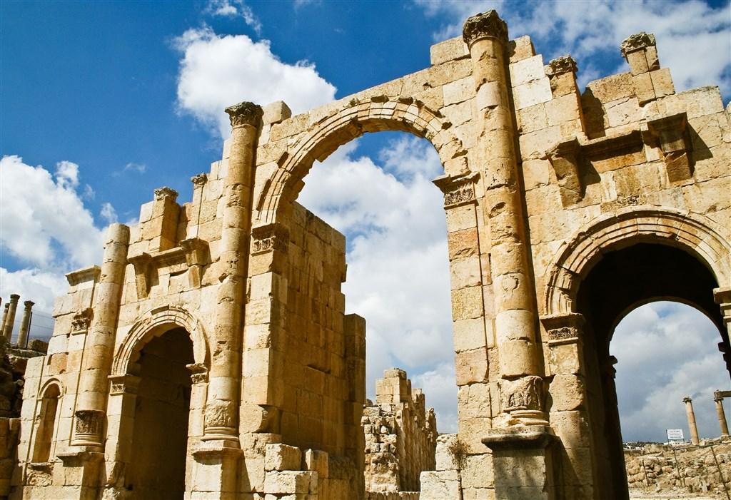 Jordánsko - krajina čarovnej histórie - 9 Popup navigation