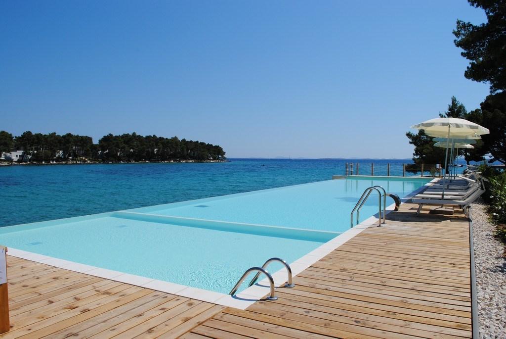Crvena Luka Hotel & Resort - Hotel Kana - 8 Popup navigation