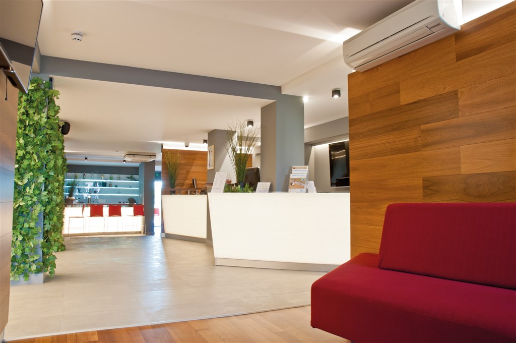 San Marino Sunny Resort by Valamar - Family Hotel Plaza - 2 Popup navigation