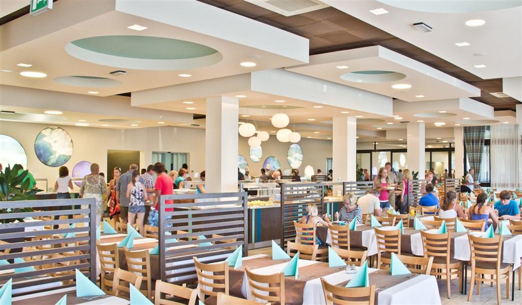 San Marino Sunny Resort by Valamar - Family Hotel Plaza - 6 Popup navigation