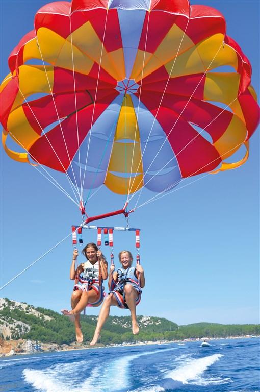 San Marino Sunny Resort by Valamar - Family Hotel Plaza - 8 Popup navigation